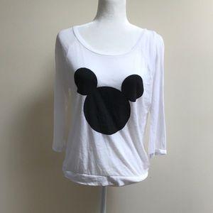 🎉Disney top white w Mickey head 3/4 sleeve size S